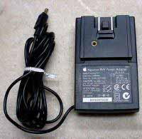 Apple Newton 9W Adapter H0165 ADP-9AB for NiCad rechargeable battery 110 120 130 and NiMH rechargeable battery MessagePad 2000 2100